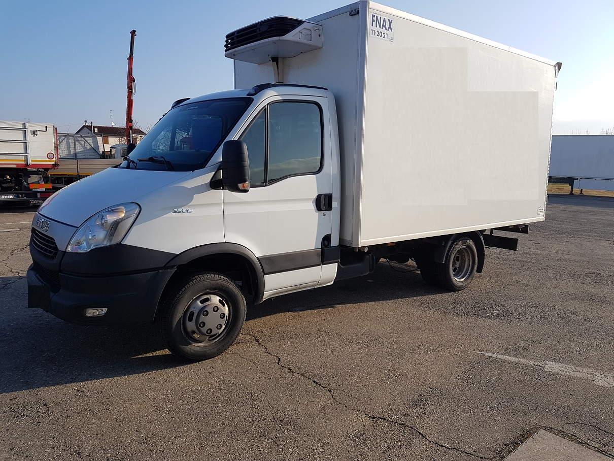 Vai a IVECO DAILY 35C15