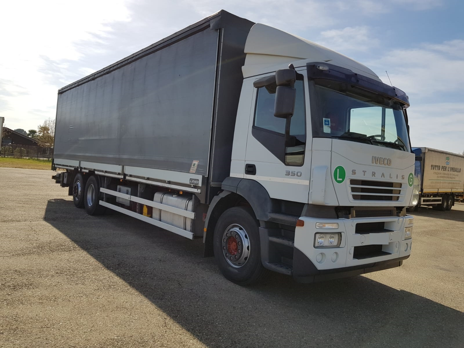 Vai a IVECO STRALIS 260S350
