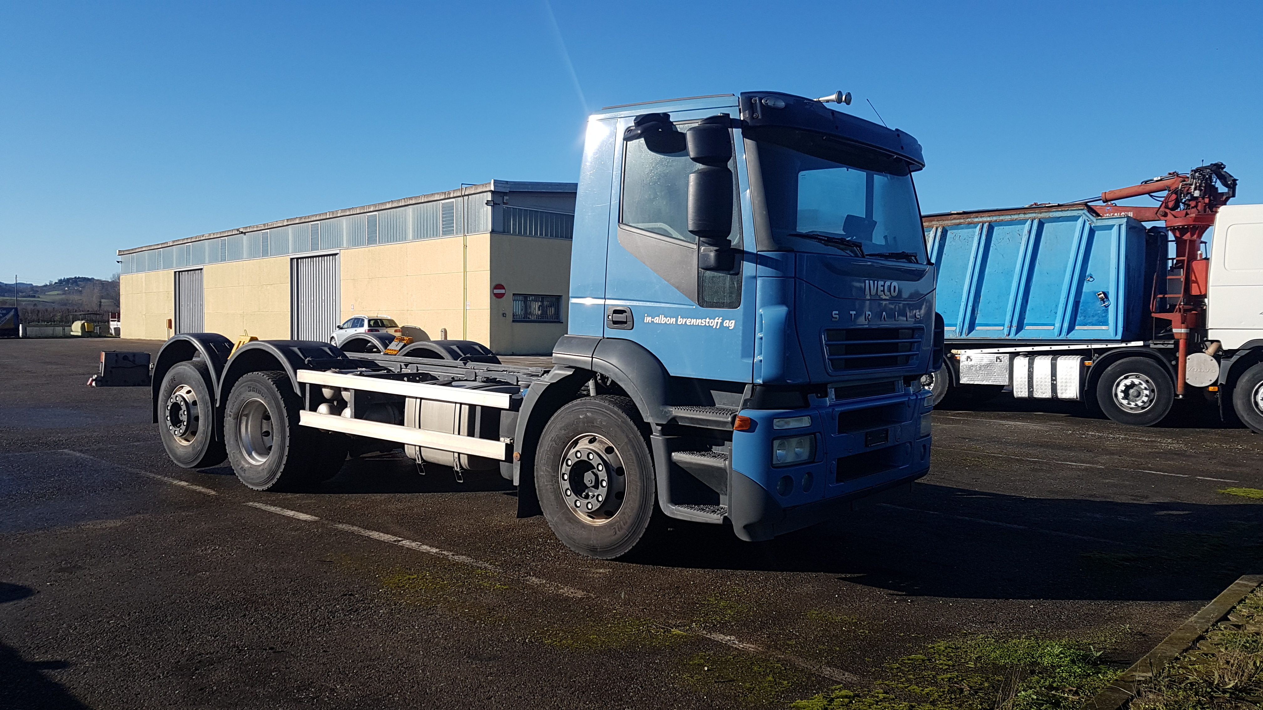 Vai a IVECO STRALIS AD260S45