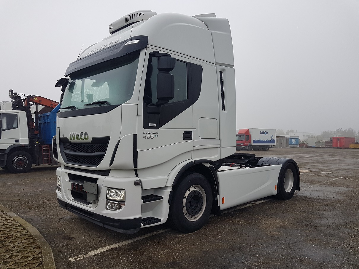 Vai a IVECO STRALIS AS440S48
