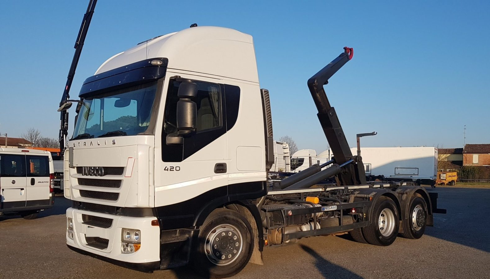 Vai a IVECO STRALIS AS260S42